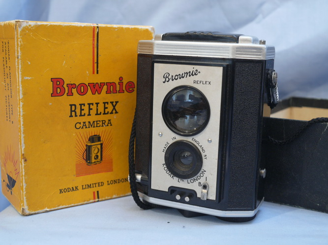 kodak-brownie-reflex-boxed-vintage-camera-7.99-35069-p