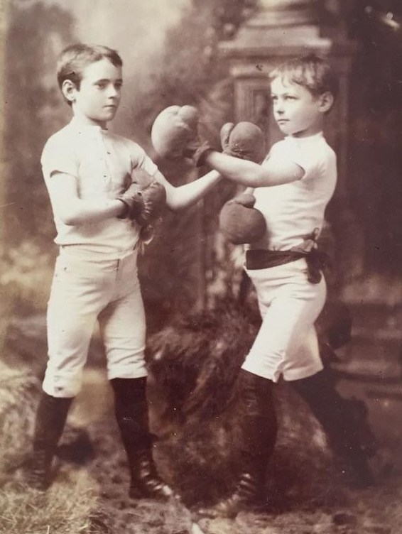 original-boys-boxing-pugilist-gloves_1_e1d9749d7dc51824bdd94fb0dd0ff0c7