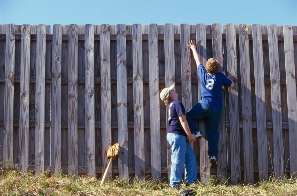 kids-climbing-a-fence-1024x676.jpg