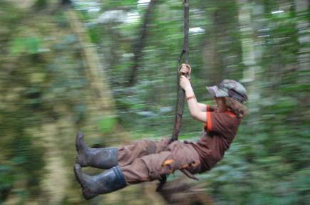 very-kid-s-dream-swinging